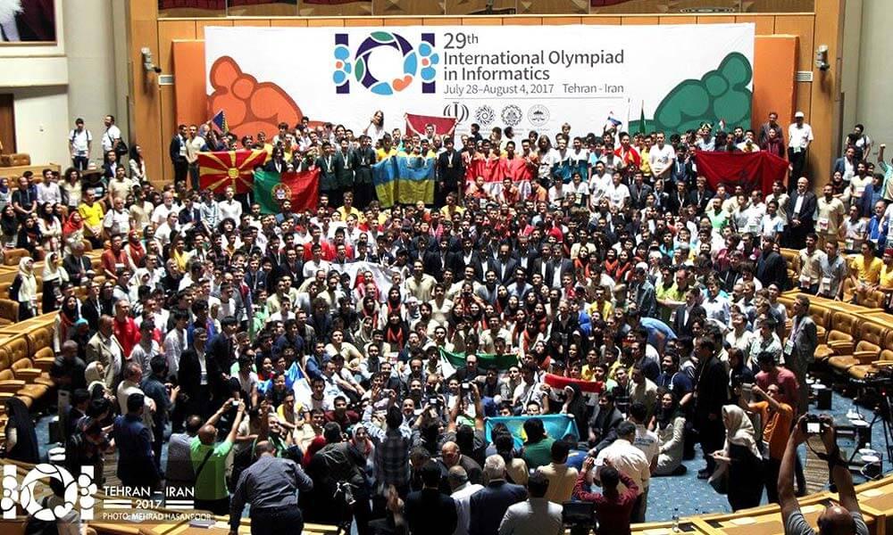 Estudiantes provenientes de 83 países que participaron en la Olimpiada Internacional de Informática